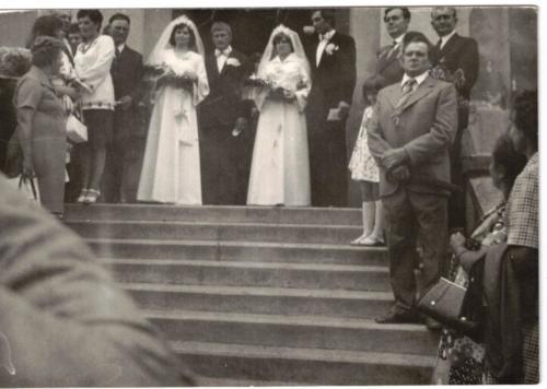 Dupla esküvő000