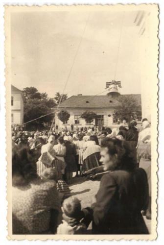 1948 augusztus 15 új harangot kapott a templom2